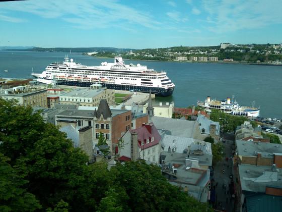 Quebec-City_Hafen Blick auf den Sankt-Lorenz-Strom
